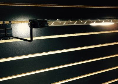 Gladiator slatwall LED lighting mockup with bracket
