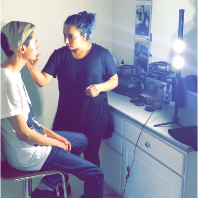 Make-up Artist finds lighting solution