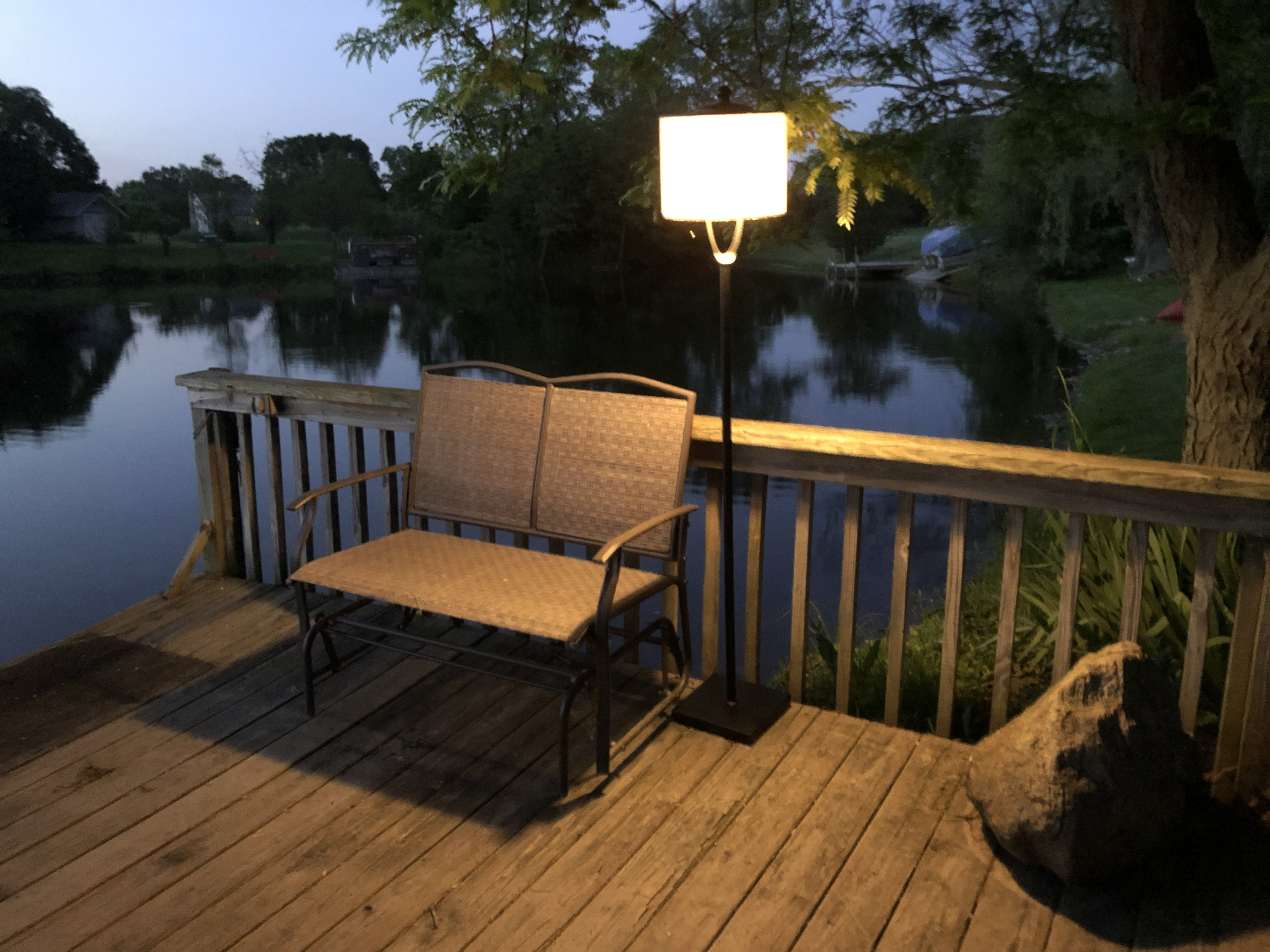 Picture of: Light Your Patio Indoor Outdoor Rechargeable Table Floor Lamp Agilux Light Where You Need It